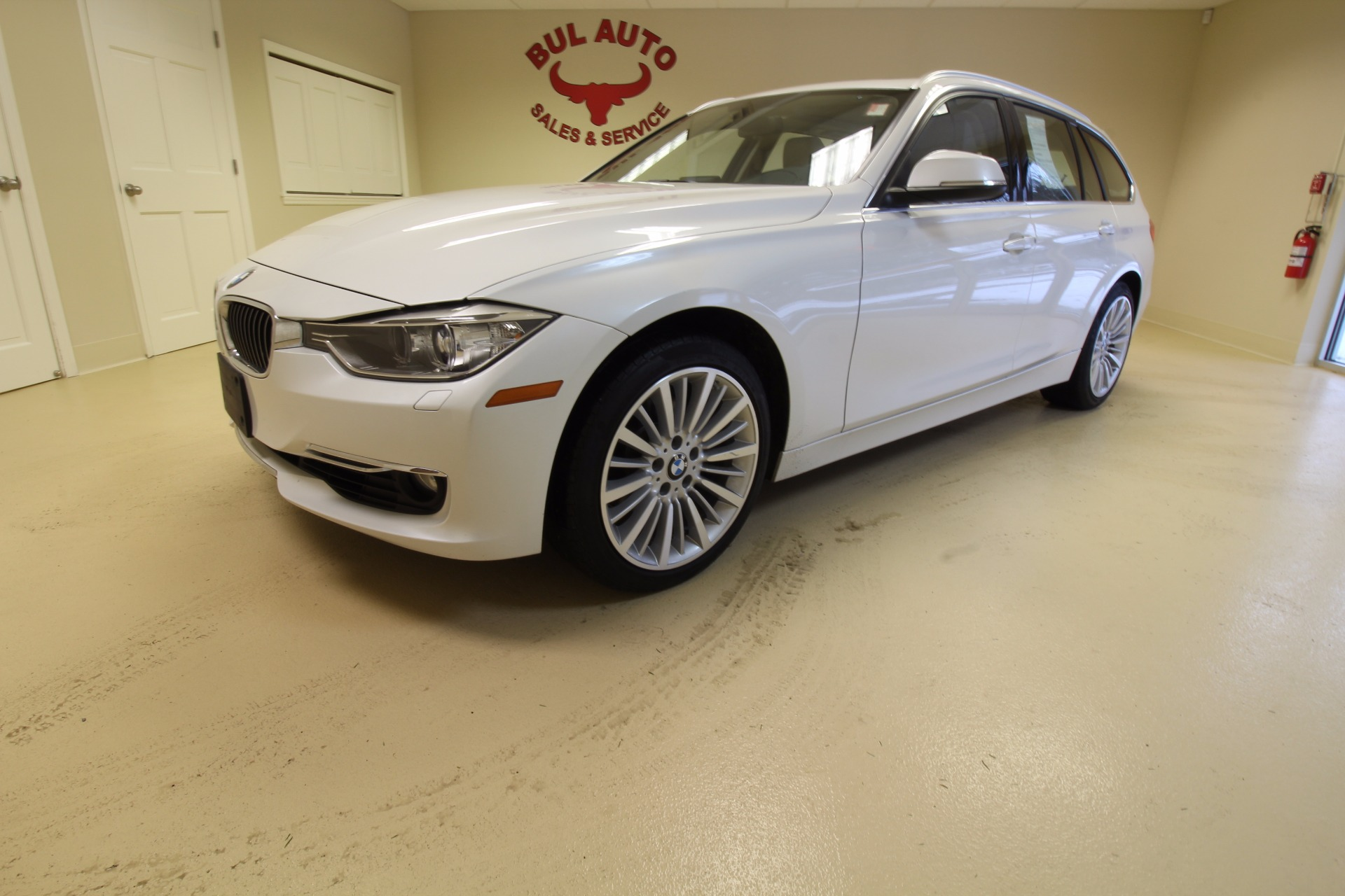 2014 bmw 3 series sport wagon 328xi stock 16337 for sale near albany ny ny bmw dealer for. Black Bedroom Furniture Sets. Home Design Ideas