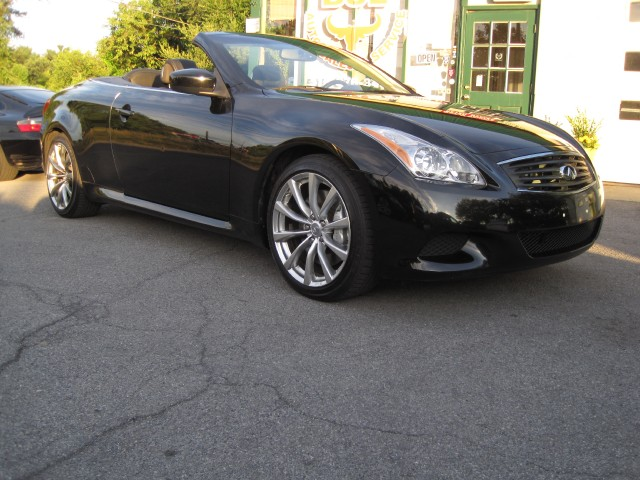 2010 infiniti g37 convertible sport s convertible rare 6 speed manual local trade in stock. Black Bedroom Furniture Sets. Home Design Ideas