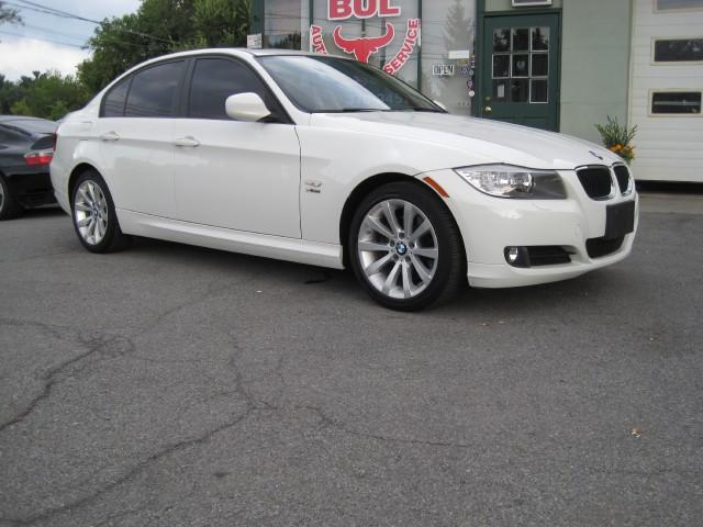2011 bmw 3 series 328i xdrive 1 owner premium value pkgs. Black Bedroom Furniture Sets. Home Design Ideas