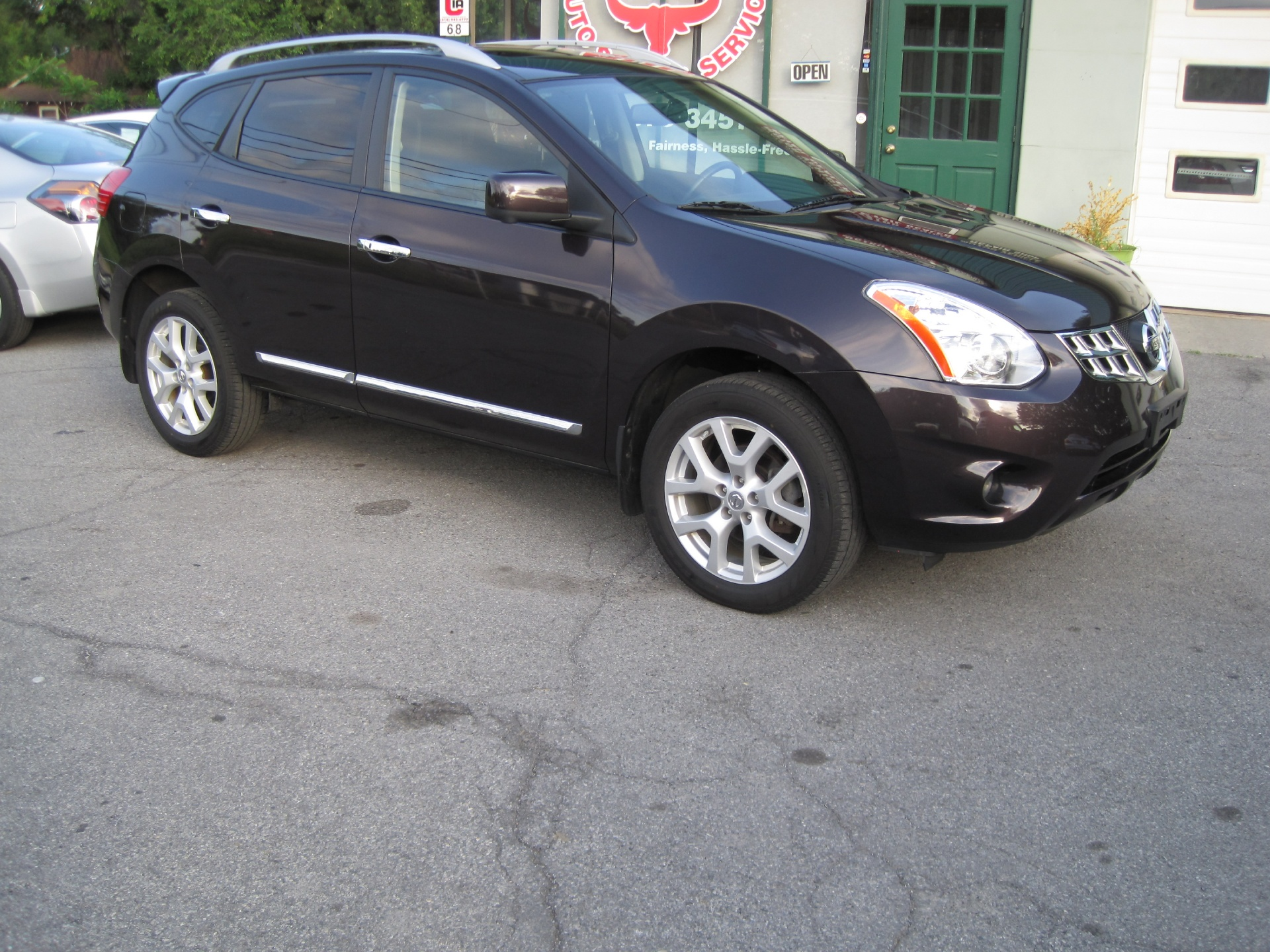 2013 nissan rogue sv w sl package loaded leather xenons sunroof navigation bose stock 15099. Black Bedroom Furniture Sets. Home Design Ideas