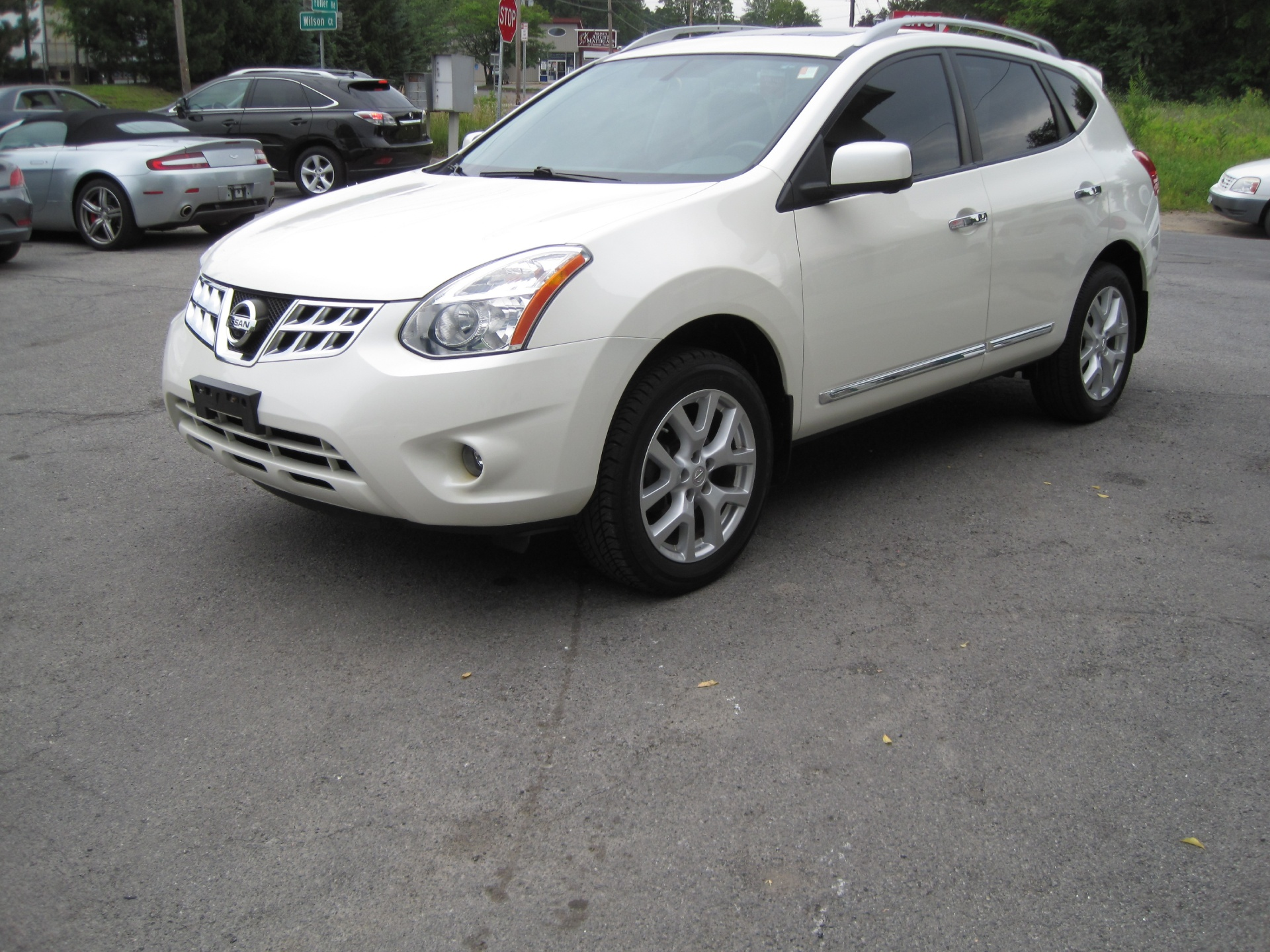 2012 nissan rogue sv w sl package awd loaded bose navigation hid xenons leather htd seats stock. Black Bedroom Furniture Sets. Home Design Ideas