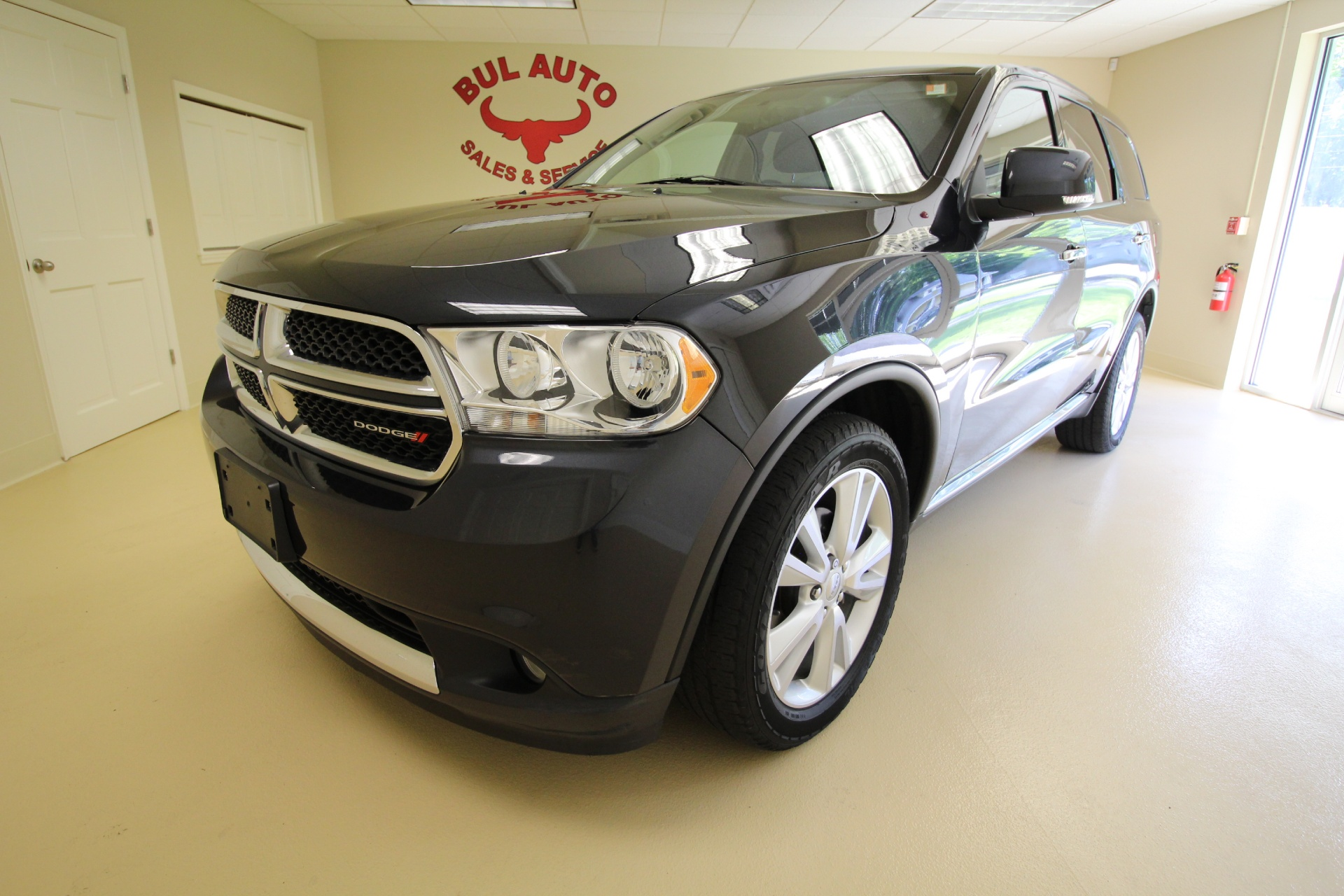 2013 dodge durango crew 4wd loaded with options navigation. Black Bedroom Furniture Sets. Home Design Ideas