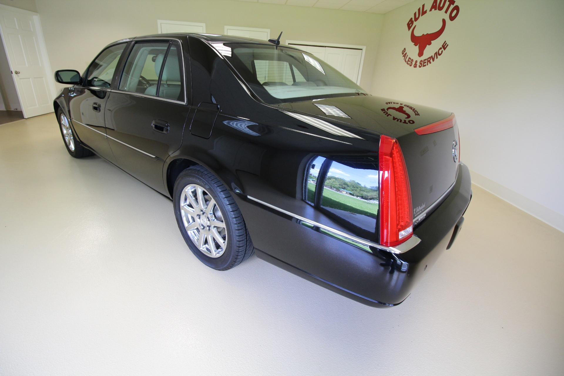 htm used i luxury albany condition c super low cadillac l miles dts nice superb