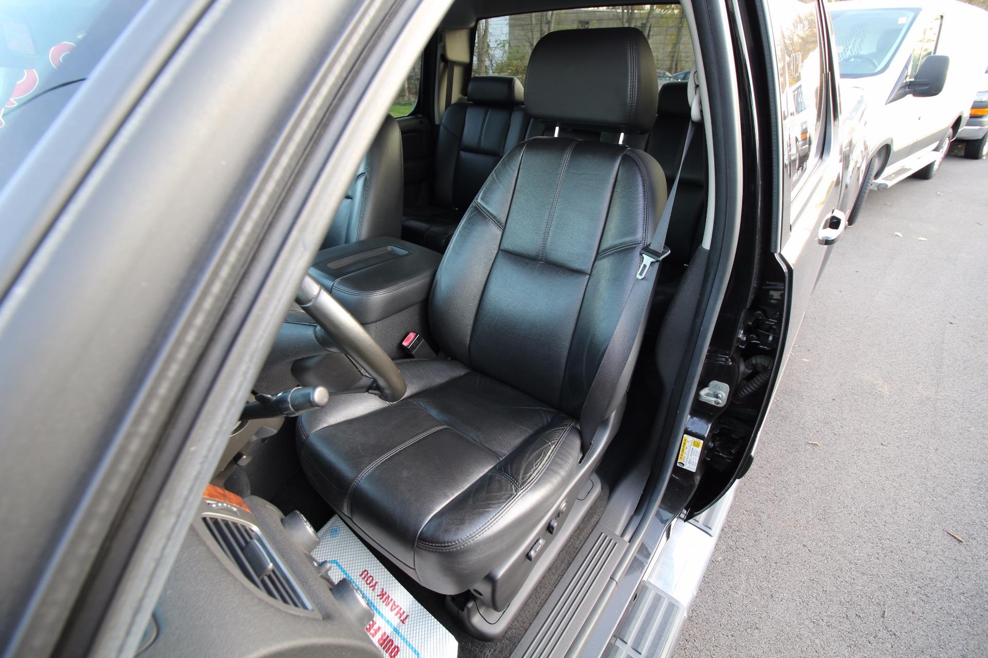 used 2007 Chevrolet Silverado 1500 LTZ Crew Cab 4WD | Albany, NY