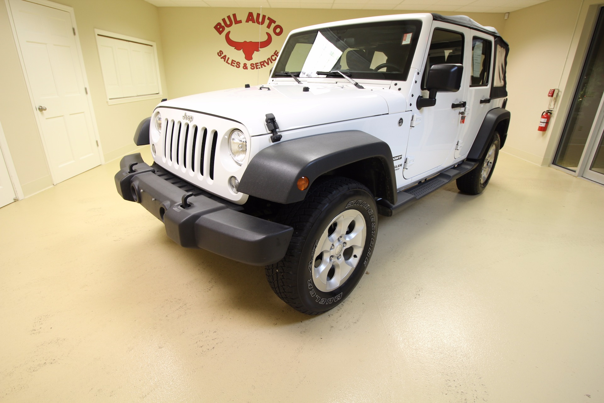 2015 jeep wrangler unlimited sport 4wd stock 16318 for sale near albany ny ny jeep dealer. Black Bedroom Furniture Sets. Home Design Ideas