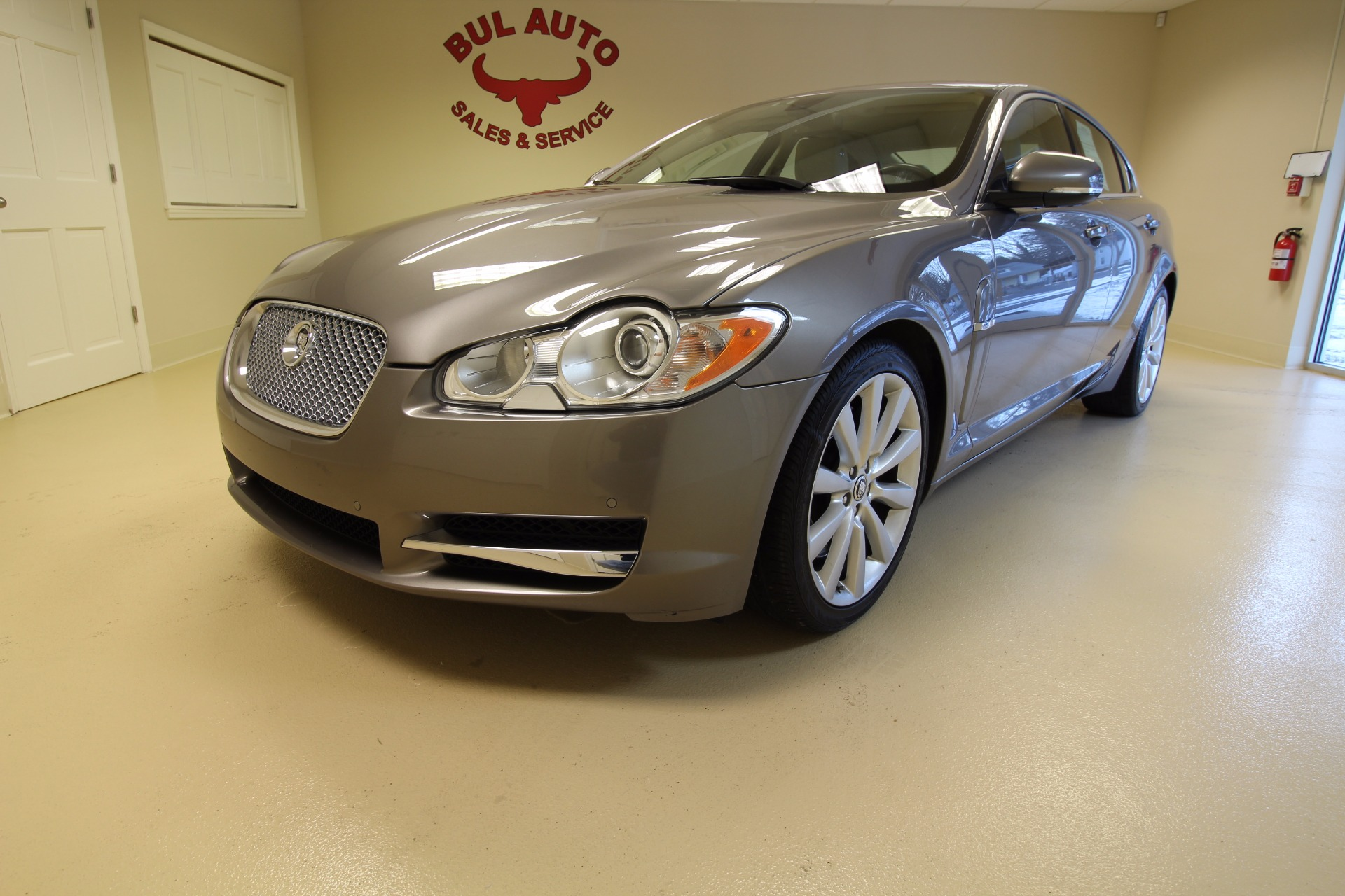 2010 jaguar xf series premium luxury stock 17020 for sale near albany ny ny jaguar dealer. Black Bedroom Furniture Sets. Home Design Ideas
