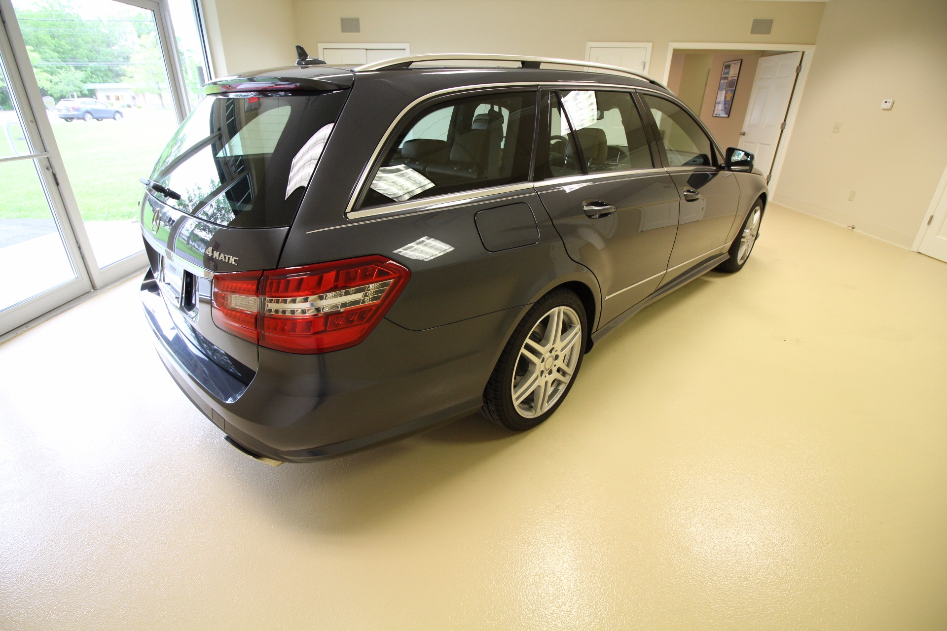 2011 mercedes benz e class wagon e350 4matic stock 17118 for 2011 mercedes benz e class wagon