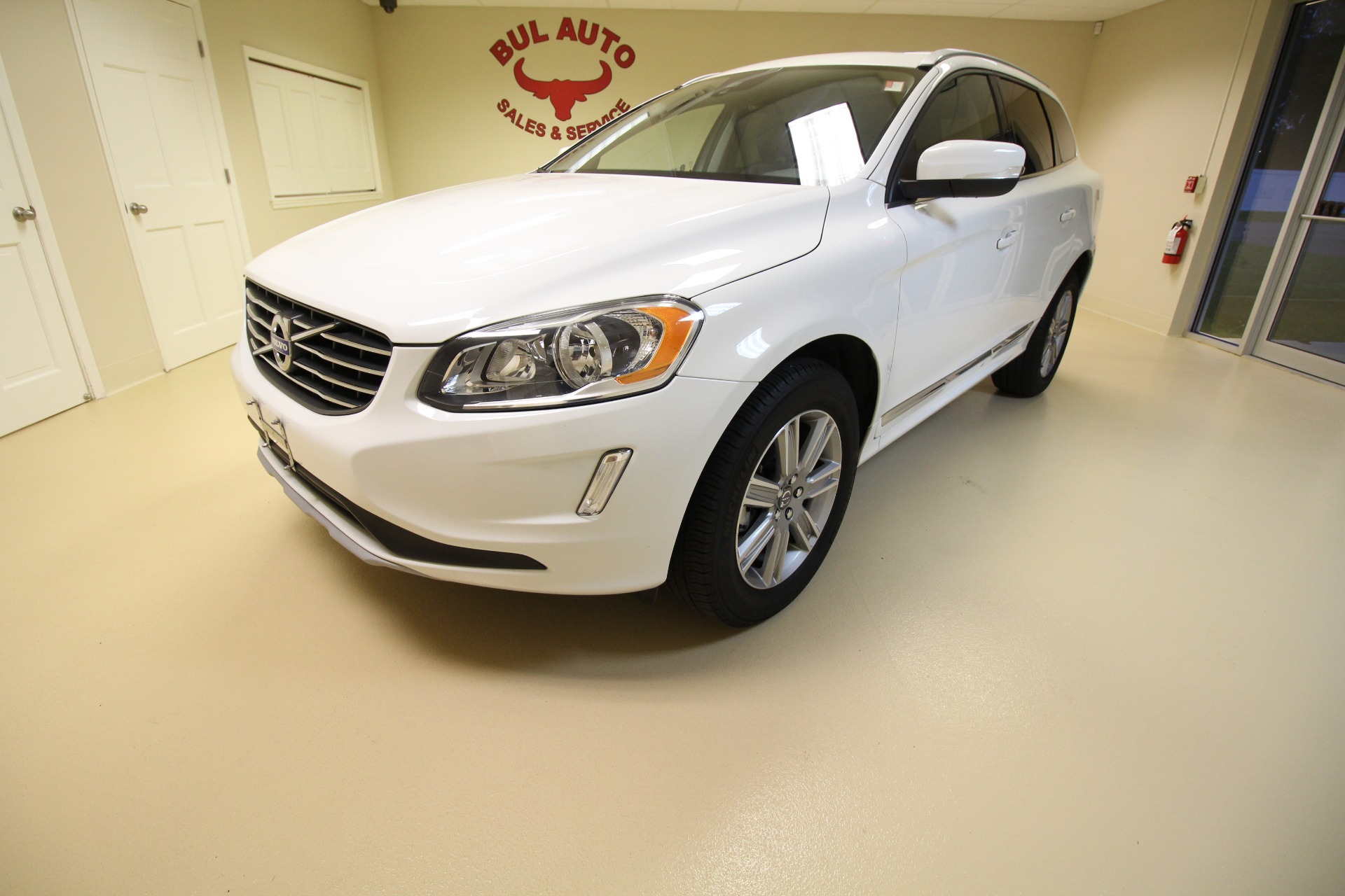 2017 volvo xc60 t5 inscription stock 17162 for sale near albany ny ny volvo dealer for sale. Black Bedroom Furniture Sets. Home Design Ideas