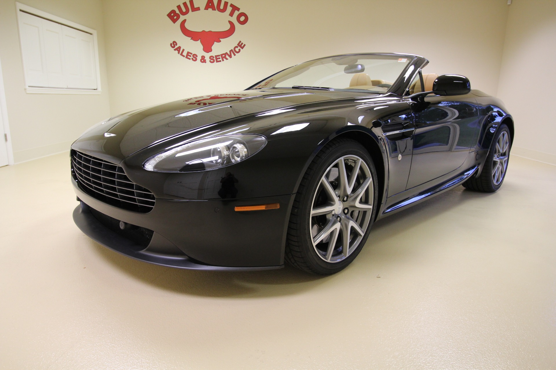 2013 Aston Martin V8 Vantage Roadster Stock # 18032 for sale near ...