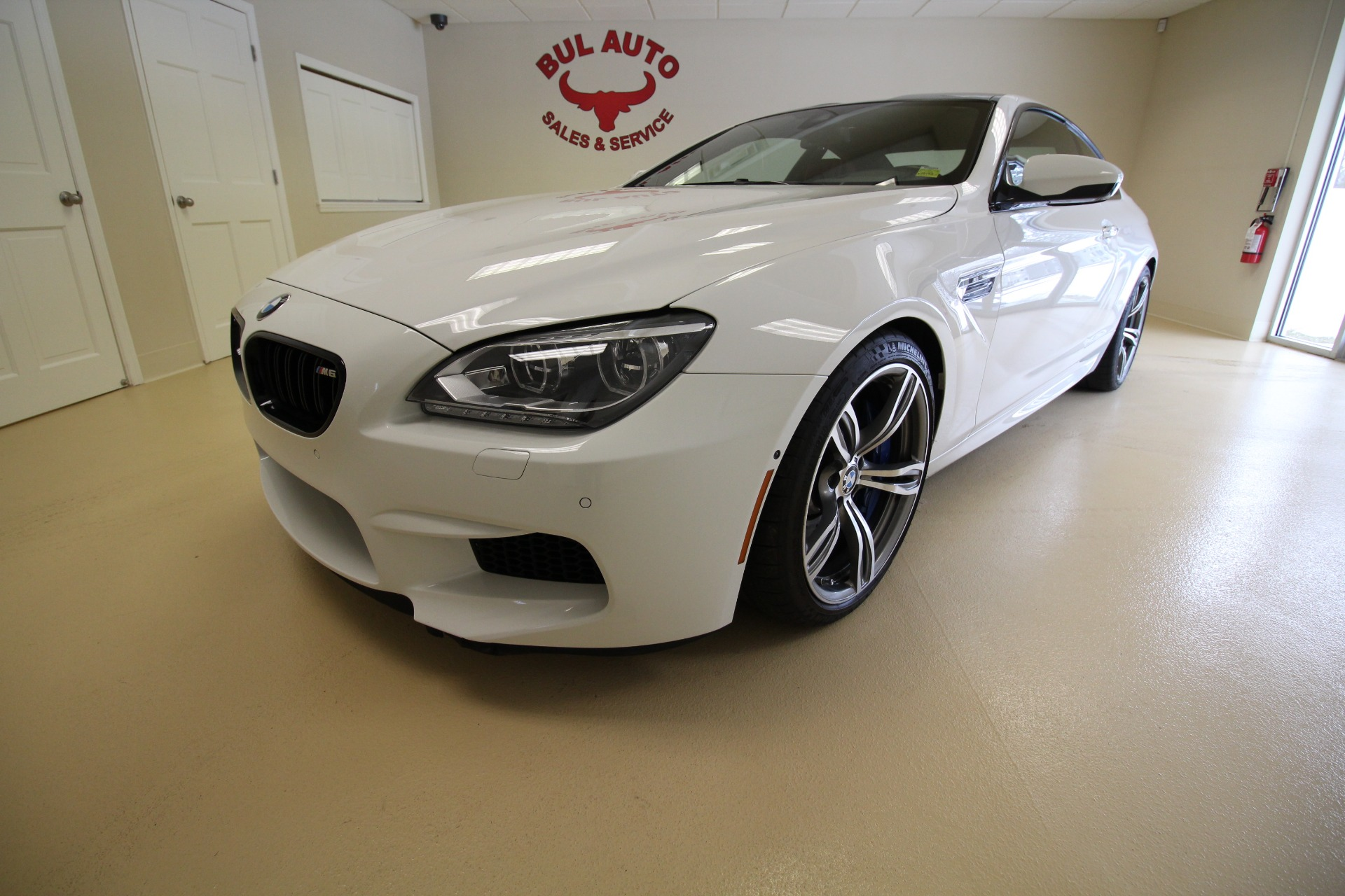 2014 bmw m6 coupe m competiotion msrp was 134425 stock 18045 for sale near albany ny ny. Black Bedroom Furniture Sets. Home Design Ideas