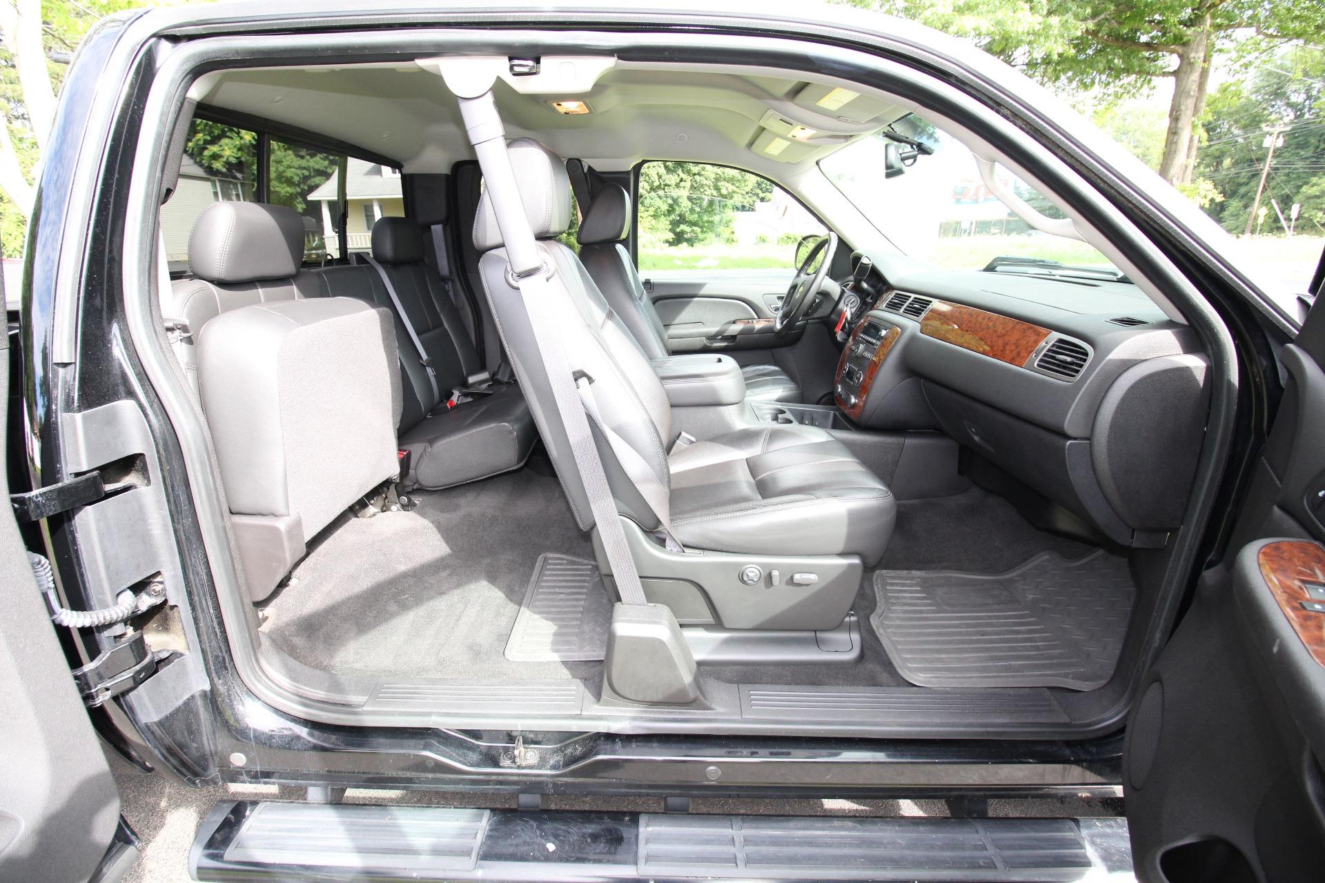 Used 2007 Chevrolet Silverado 2500HD LTZ Ext. Cab 4WD | Albany, NY