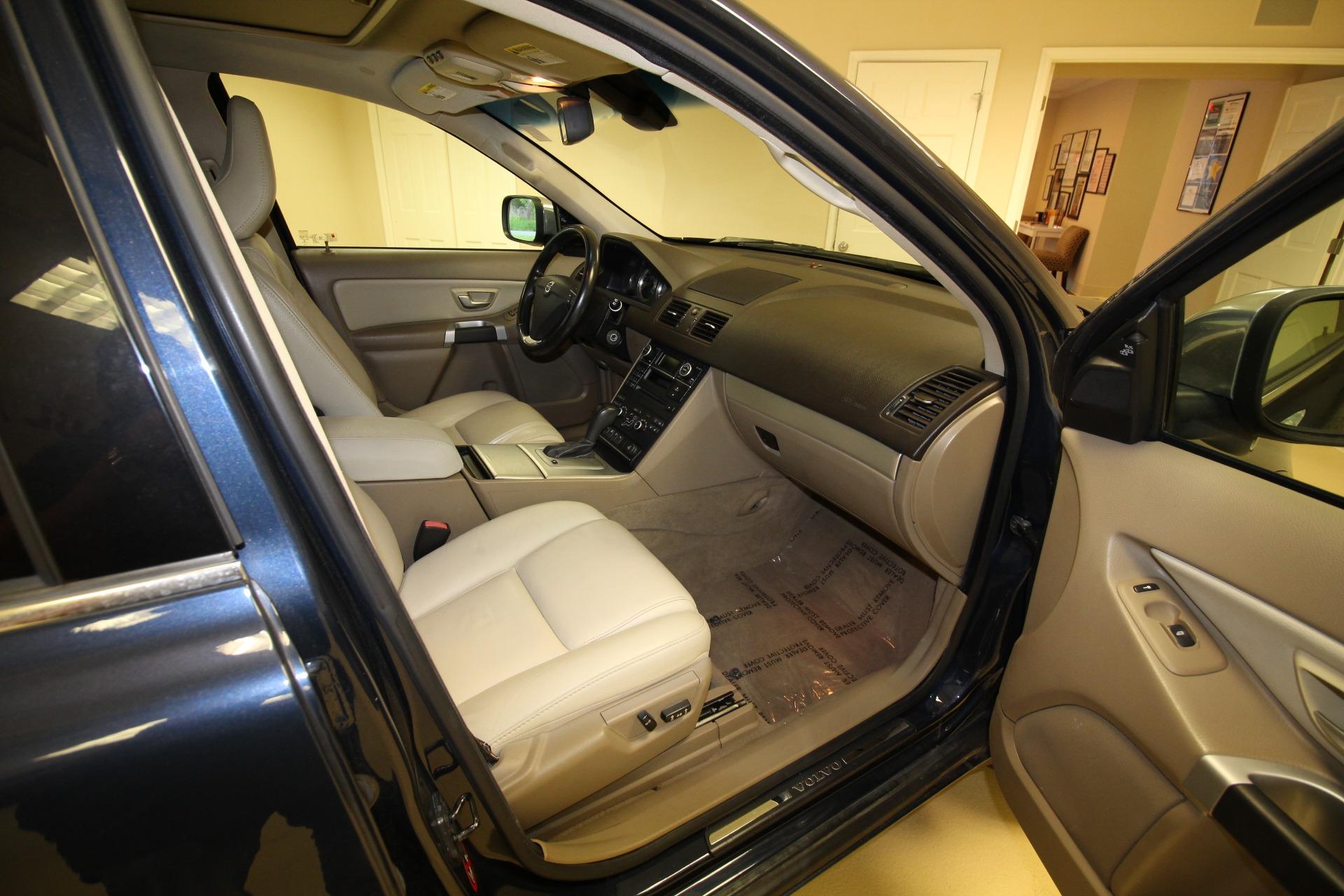 Used 2014 Volvo XC90 3.2 AWD | Albany, NY