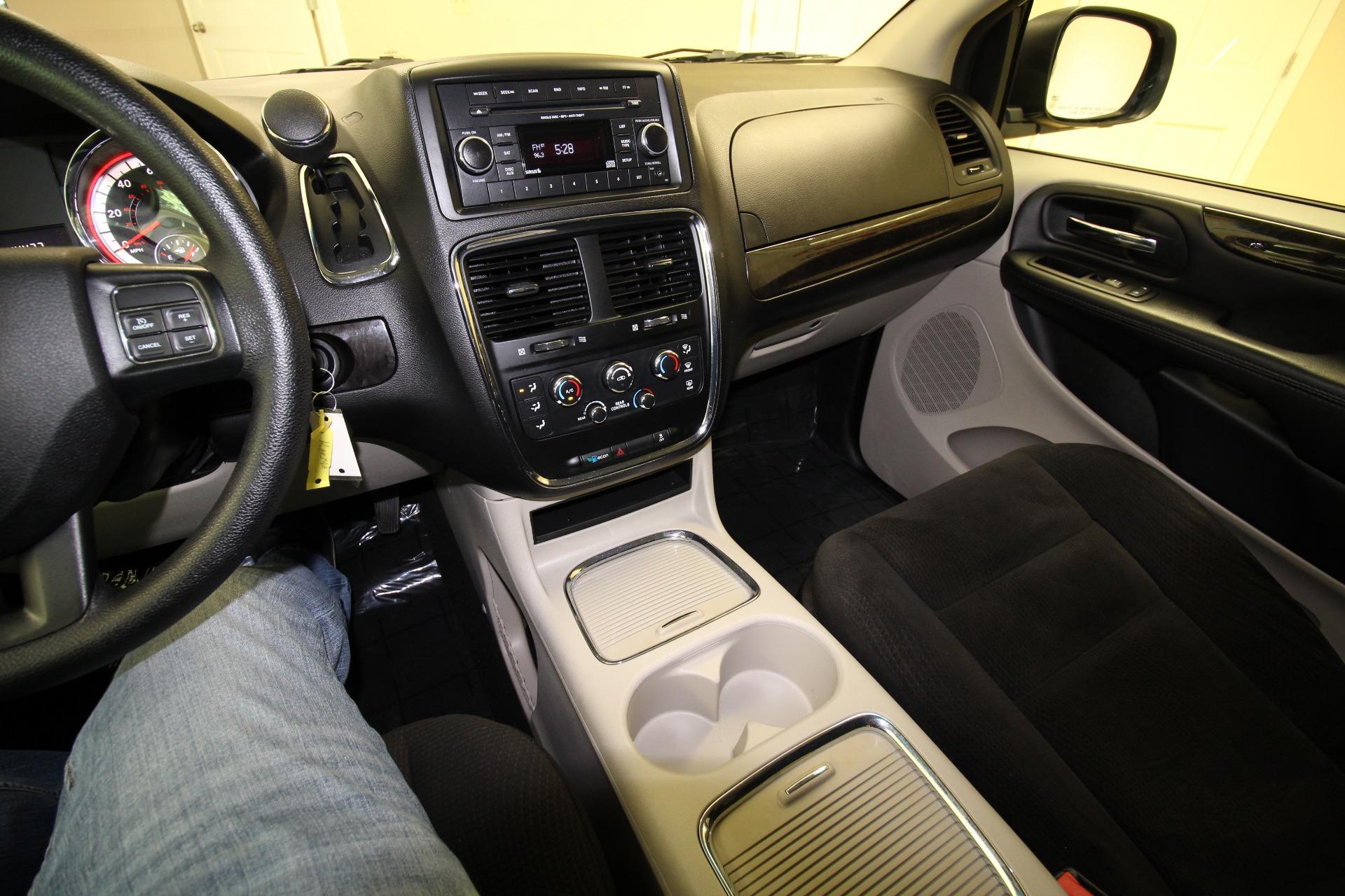 Used 2016 Dodge Grand Caravan SXT | Albany, NY
