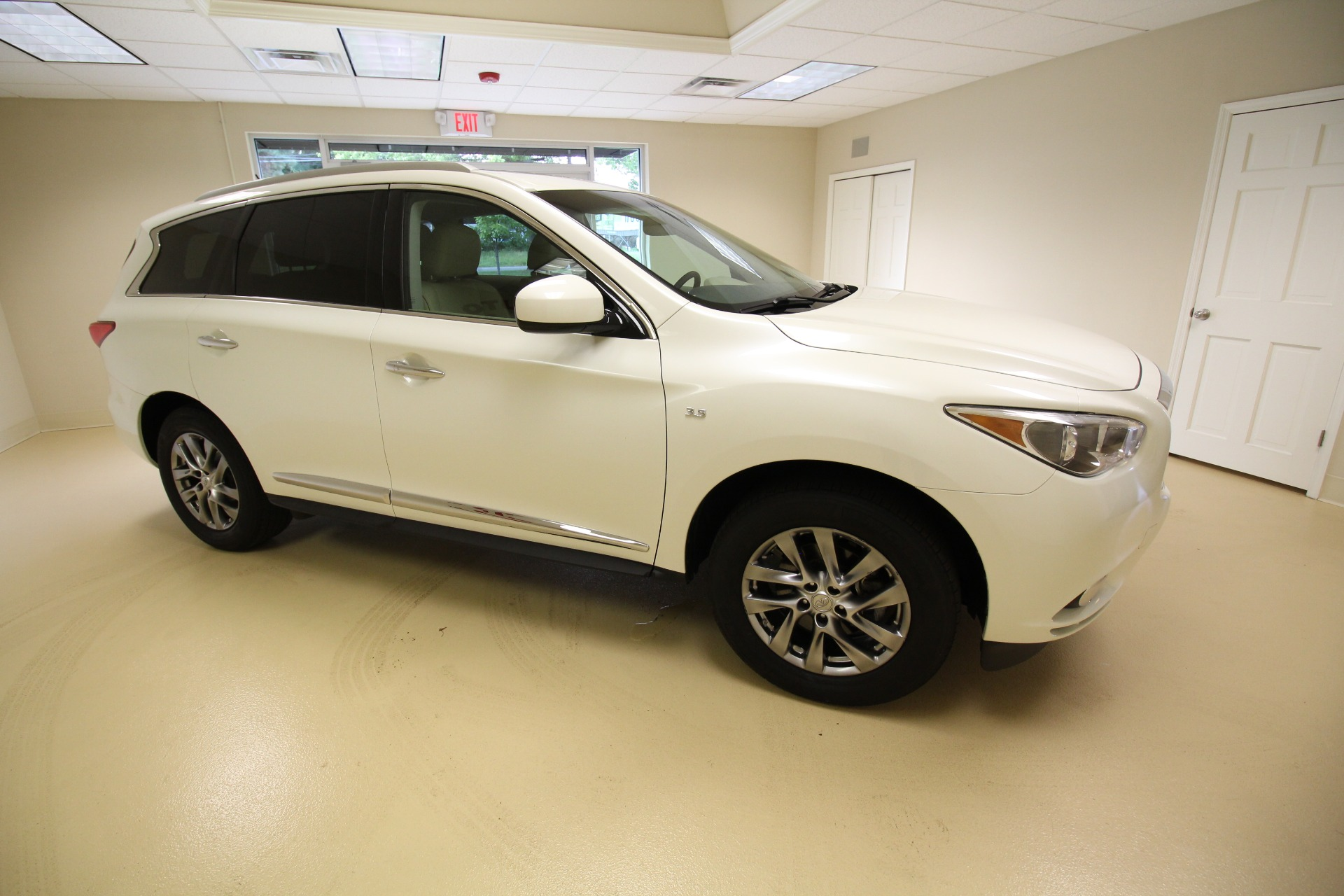 Used 2015 Infiniti QX60 AWD VERY CLEAN VERY LOW MILES | Albany, NY