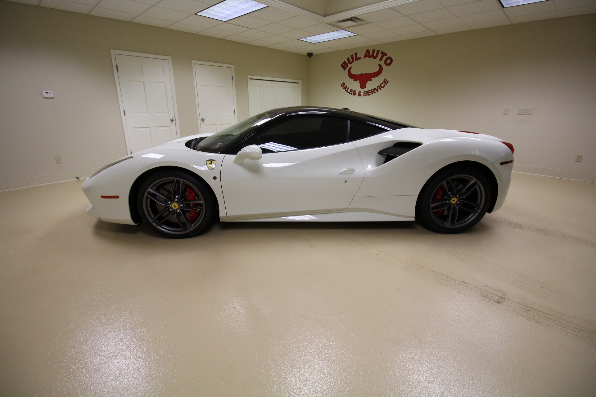 Used 2018 Ferrari 488 GTB Coupe SUPER WELL OPTIONED SUPER LOW MILES | Albany, NY