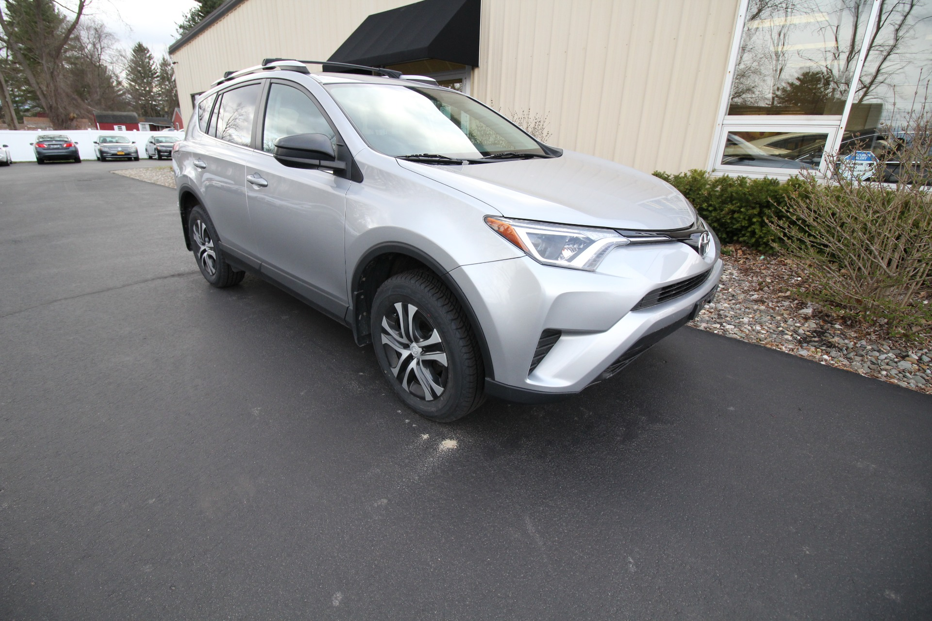 Used 2016 Toyota RAV4 LE AWD FULLY SERVICE NEW TIRES AND BRAKES | Albany, NY