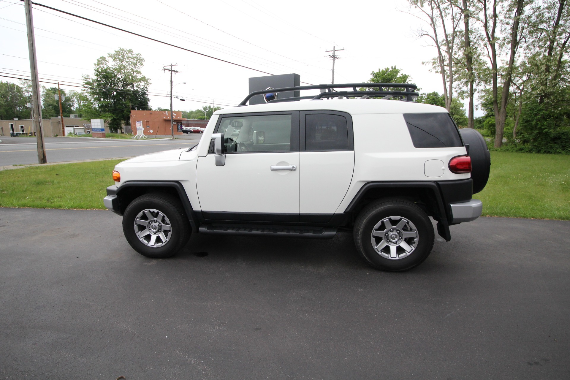 Used 2014 Toyota FJ Cruiser 4WD AT 1 OWNER VERY CLEAN LADY OWNED NEVER MOLESTED   Albany, NY