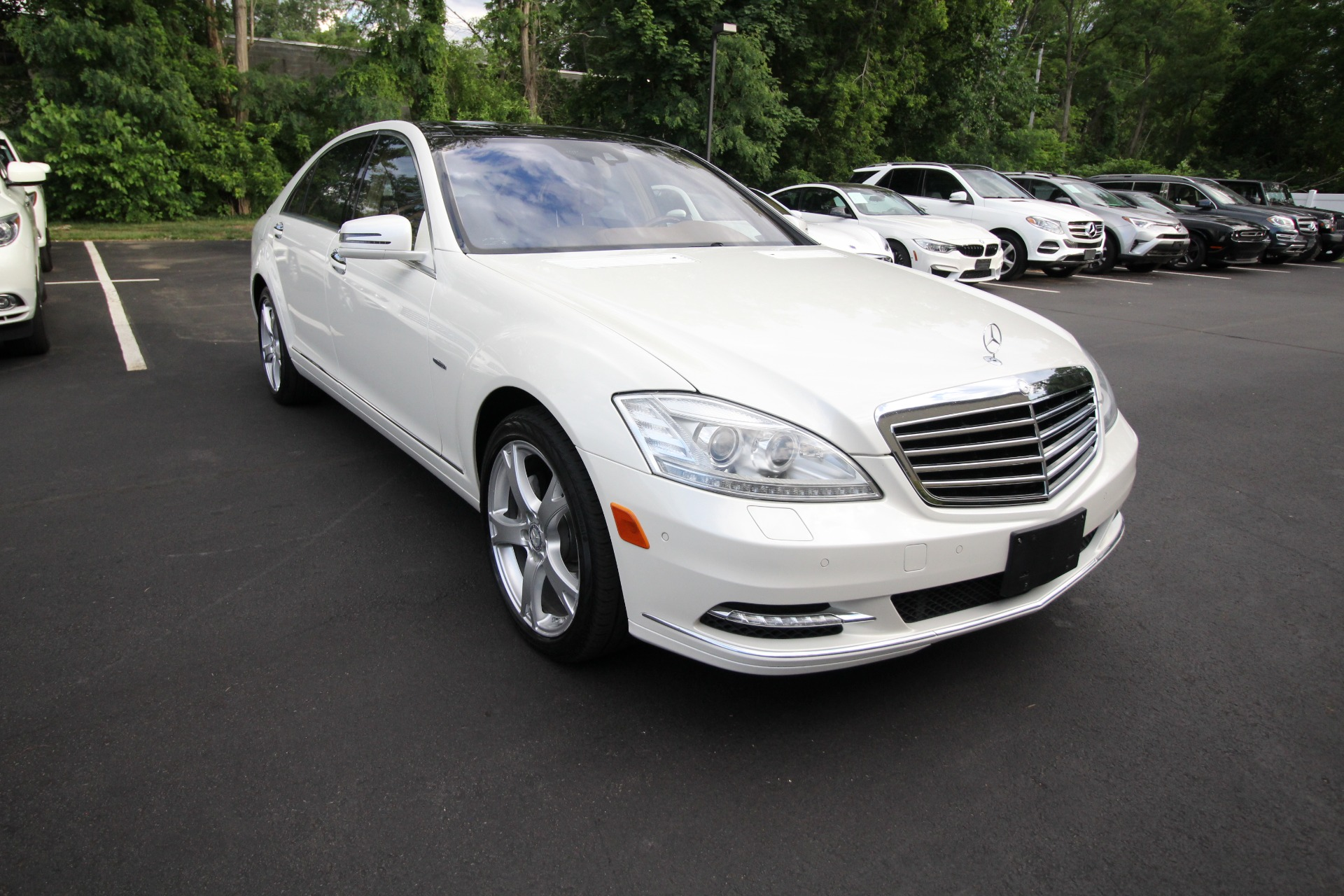 Used 2012 Mercedes-Benz S-Class S550 4-MATIC DIAMOND WHITE SUPER NICE LOW MILES   Albany, NY