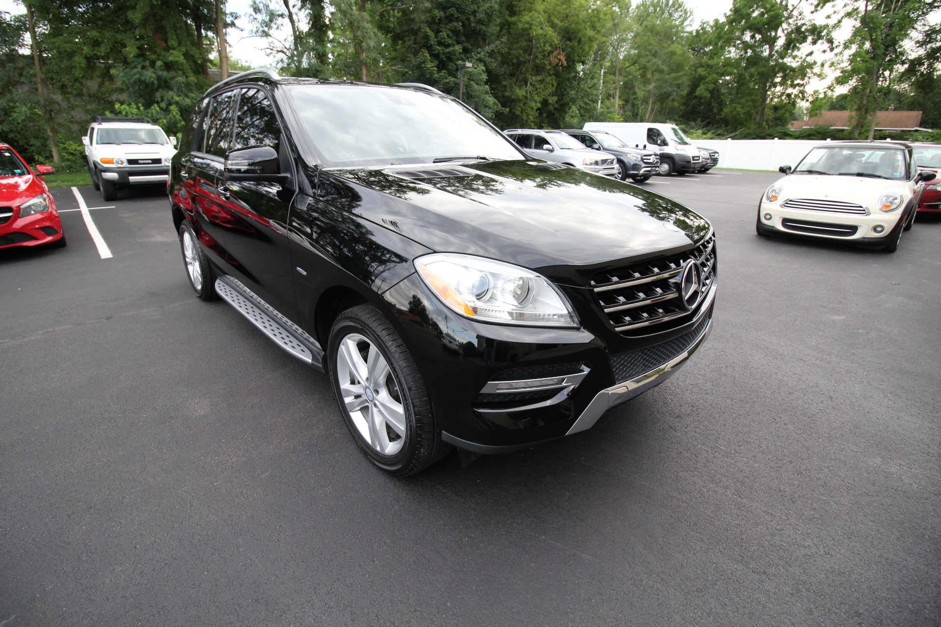 Used 2012 Mercedes-Benz M-Class ML350 4MATIC SUPERB LOADED REAR TV''S ENTERTAINMENT | Albany, NY