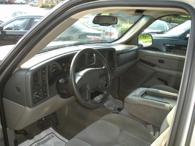 Used 2005 Chevrolet Avalanche 1500 Z71 | Albany, NY