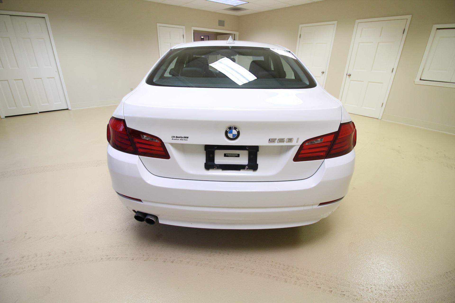 Used 2012 BMW 5-Series 528i xDrive AWD VERY LOW MILES BEST COLOR | Albany, NY