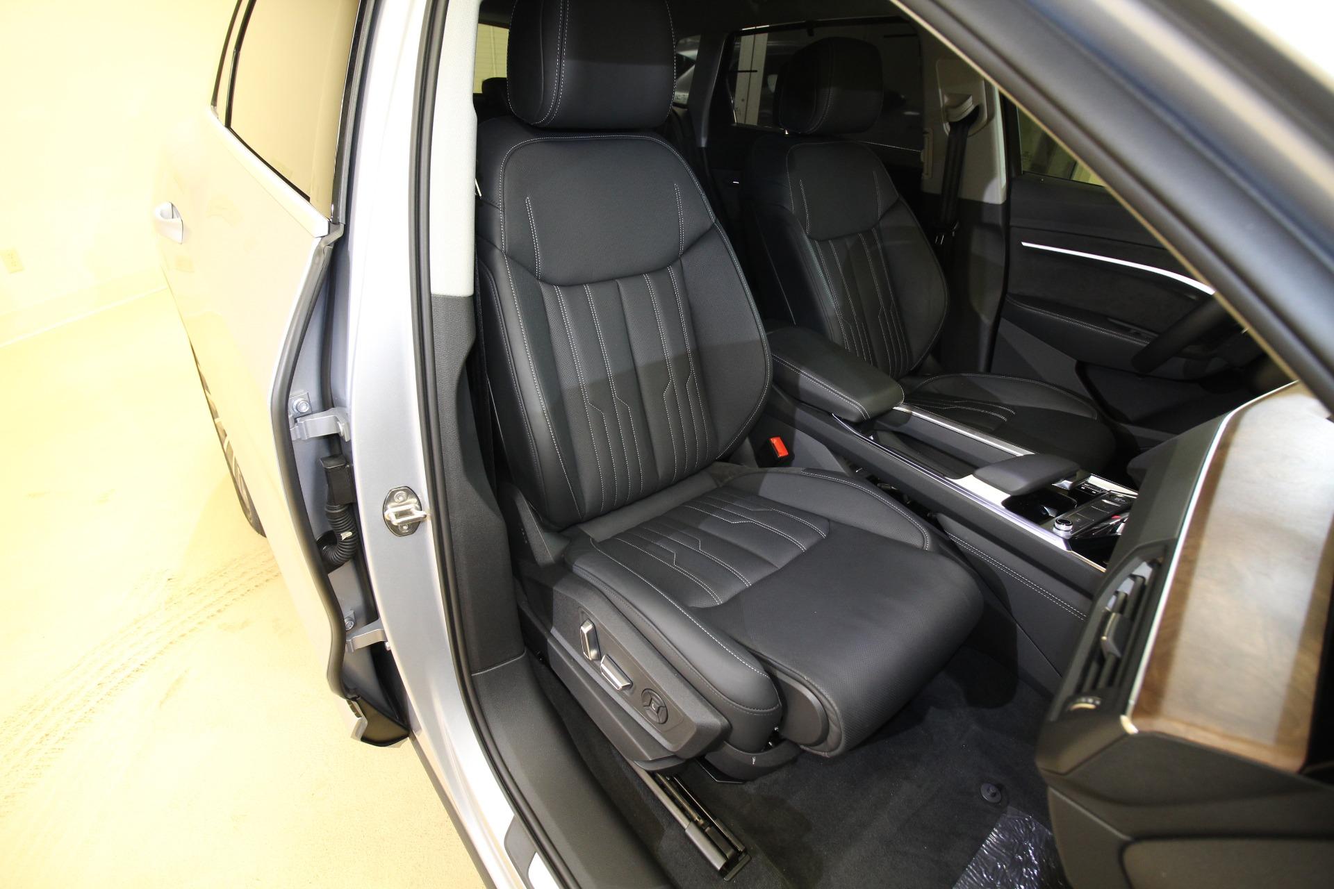 Used 2019 Audi e-tron Prestige quattro LIKE NEW 1 OWNER NEW KARMA TRADE 87K MSRP   Albany, NY