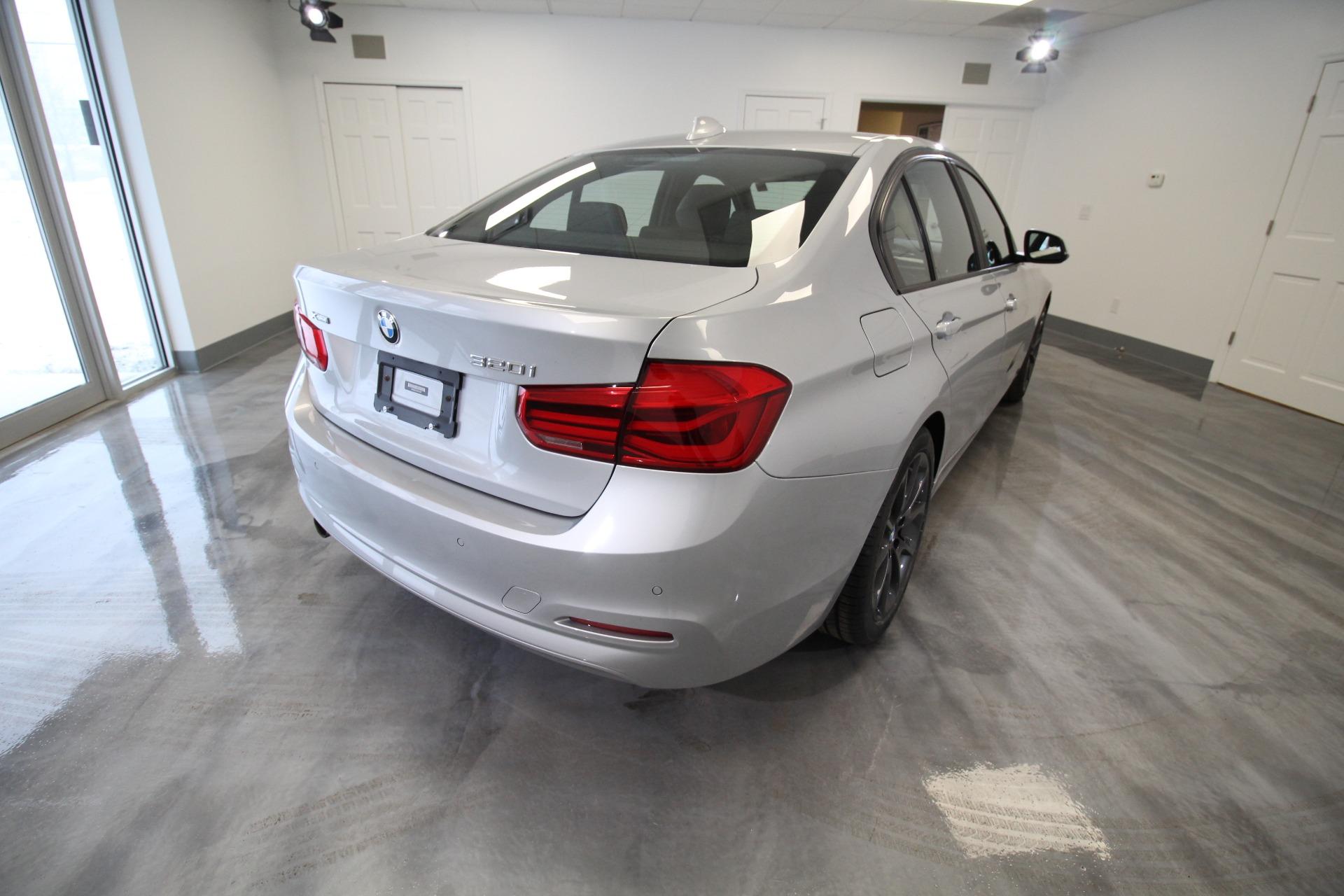 Used 2016 BMW 3-Series 320i xDrive SEDAN LOADED SPORT NAVIGATION SUPER SHARP | Albany, NY