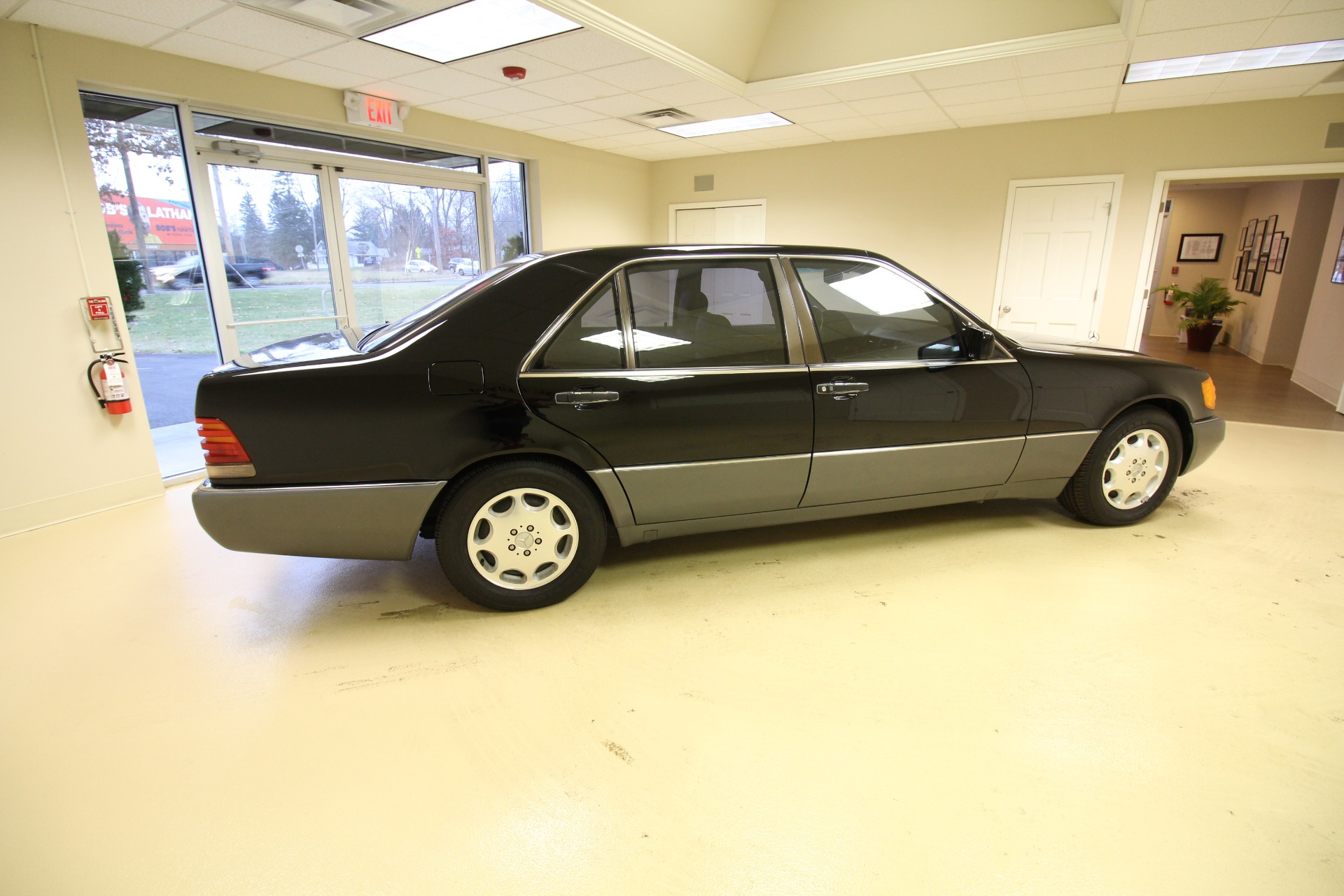 Used 1993 Mercedes-Benz S-Class 400SEL SEDAN SUPERB INSIDE AND OUT SPECTACULAR W/ LOW MILES | Albany, NY