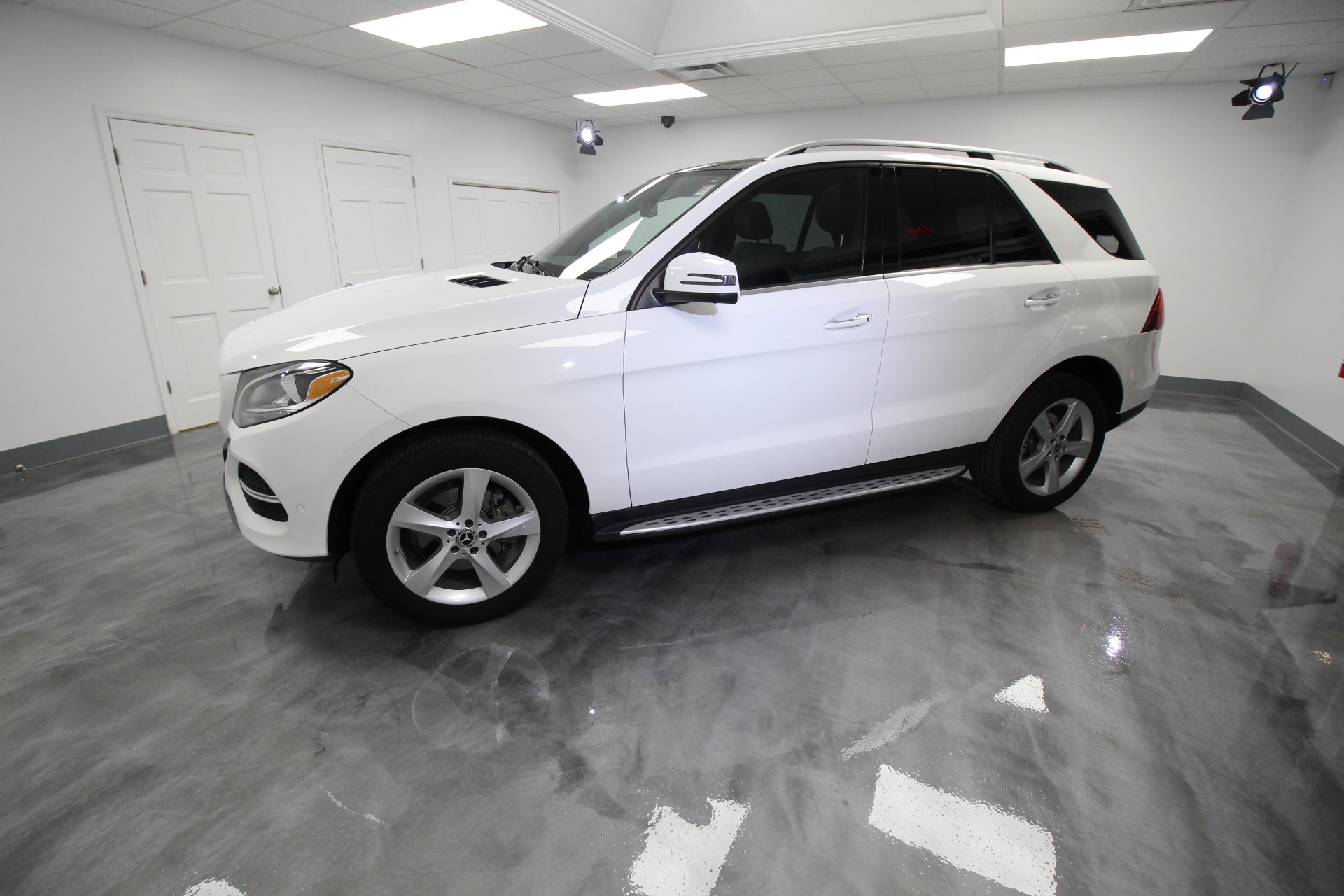 Used 2017 Mercedes-Benz GLE-Class GLE350 4MATIC RARE DIAMOND WHITE LOADED WITH OPTIONS | Albany, NY