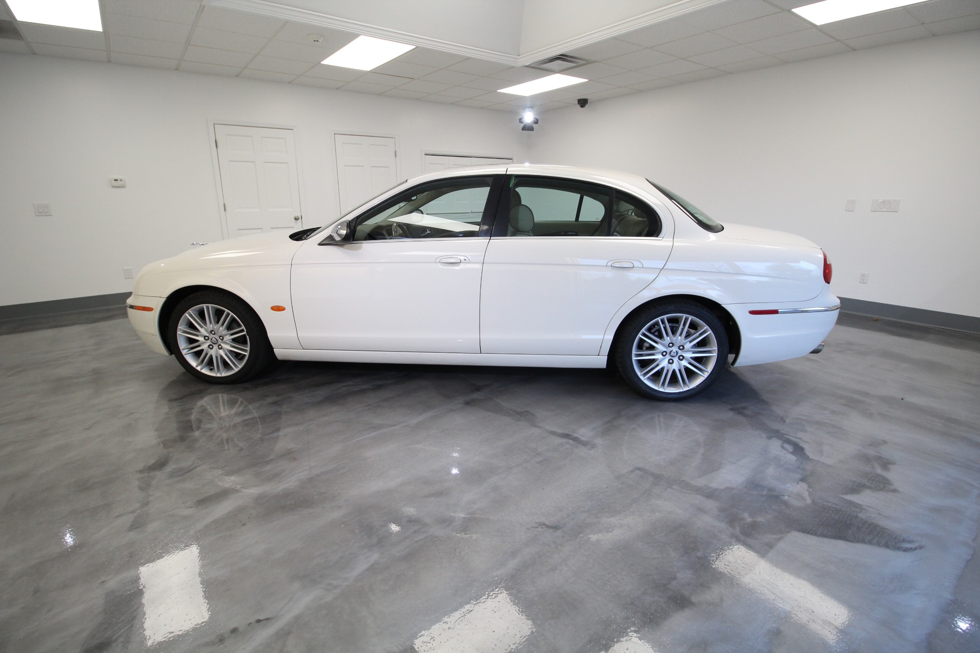 Used 2008 Jaguar S-Type 3.0 LIKE NEW RARE HOT COLOR LOW MILES LIKE NEW | Albany, NY