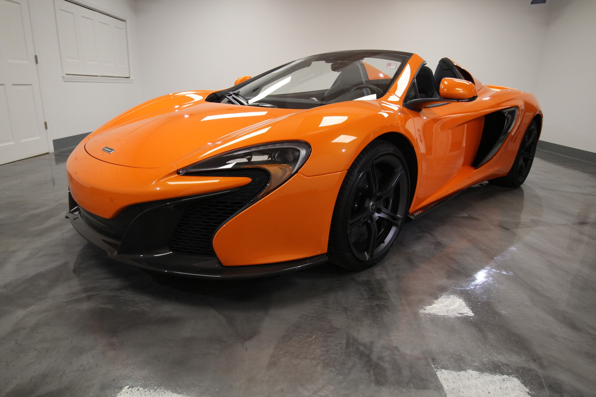 Used 2015 McLaren 650s SPIDER LOADED INTERIOR AND EXTERIOR CARBON FIBER TURNING VANES AND MORE | Albany, NY