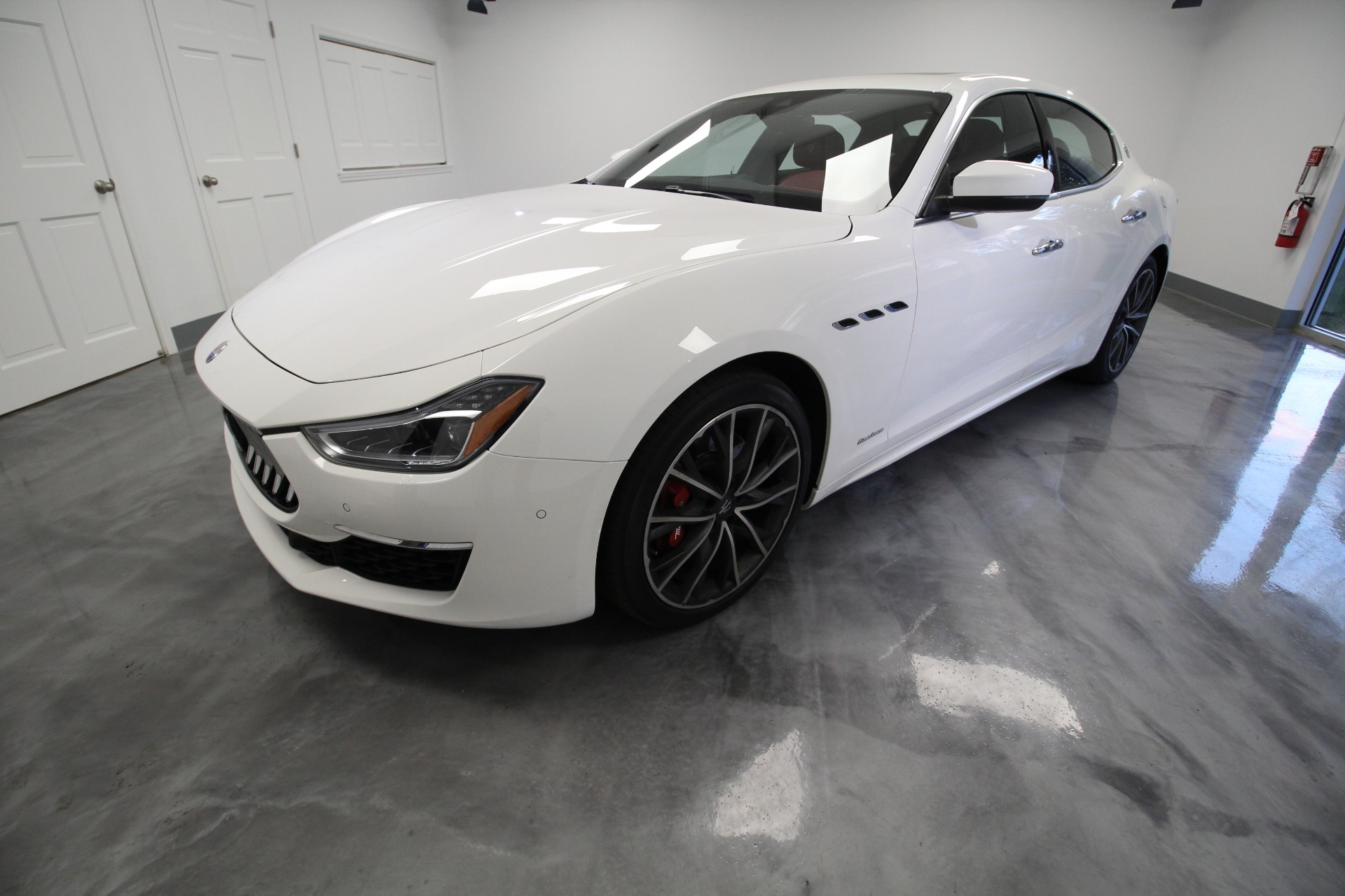 Used 2019 Maserati Ghibli S Q4 GranLusso SQ4 RARE HOT COLOR COMBO LOW MILES TRADE IN | Albany, NY