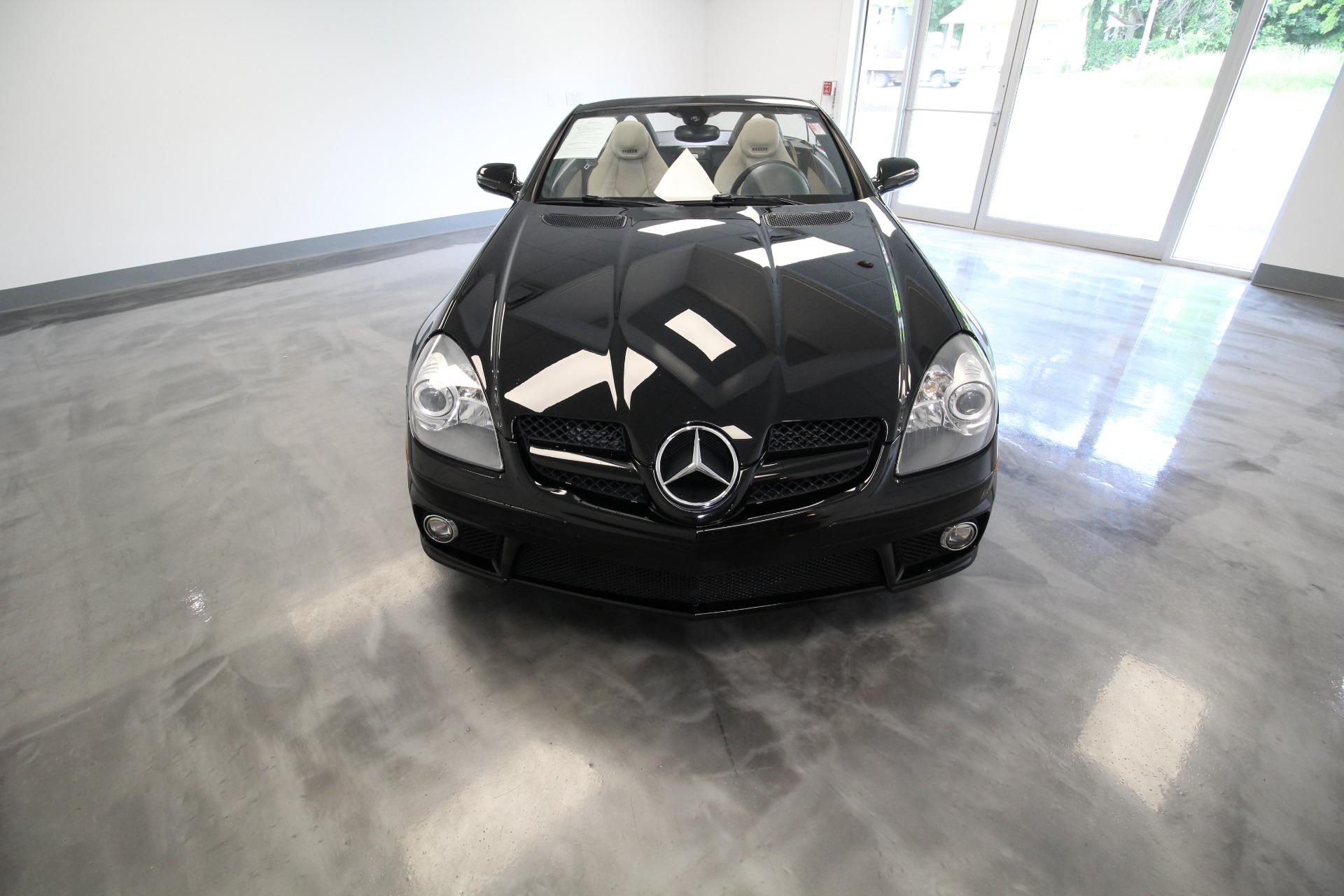 Used 2011 Mercedes-Benz SLK SLK300 SUPER CLEAN SUPERB CONDITION LOW MILES | Albany, NY