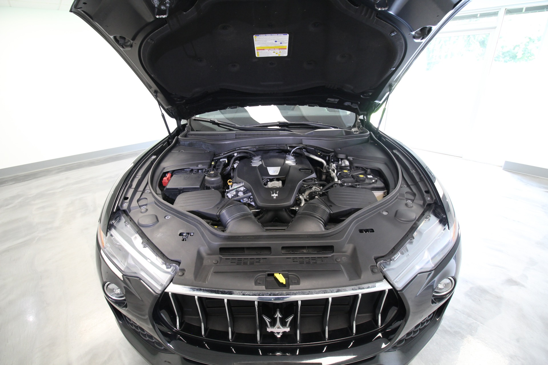 Used 2017 Maserati Levante SUPER CLEAN LOADED WITH OPTIONS LOW MILES   Albany, NY