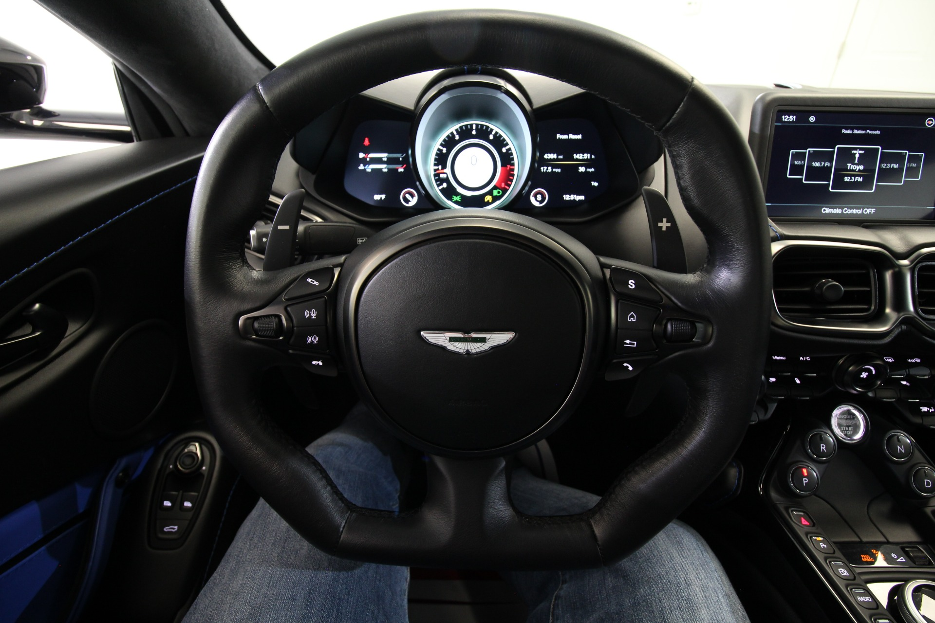 Used 2019 Aston Martin Vantage LOADED WITH OPTIONS   Albany, NY
