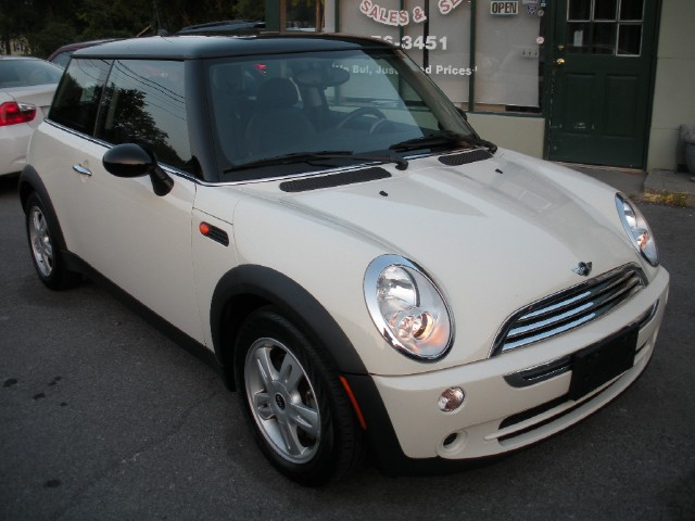 Used 2006 MINI Cooper COUPE 5 SPEED PREMIUM+COLD WEATHER | Albany, NY