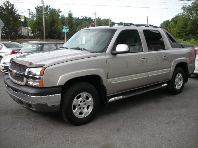 Used 2005 Chevrolet Avalanche 1500 LT Z71 4x4 | Albany, NY