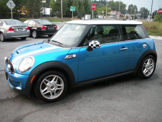 2009 mini cooper s s coupe stock 12177 for sale near. Black Bedroom Furniture Sets. Home Design Ideas