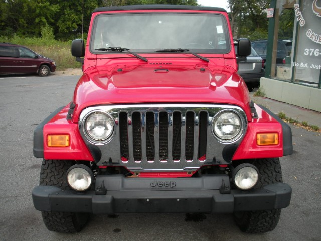 Used 2006 Jeep Wrangler Unlimited 6 SPEED MANUAL,LOCAL TRADE-IN,2 INCH BODY LIFT KIT   Albany, NY