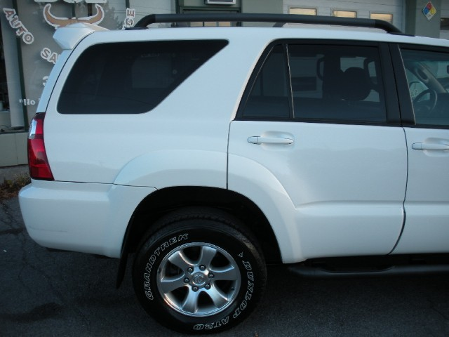 Used 2007 Toyota 4Runner Sport Edition 4x4 4WD ONE OWNER,LOCAL TRADE-IN,SUNROOF,TOW PKG,V8,BLUETOOTH | Albany, NY
