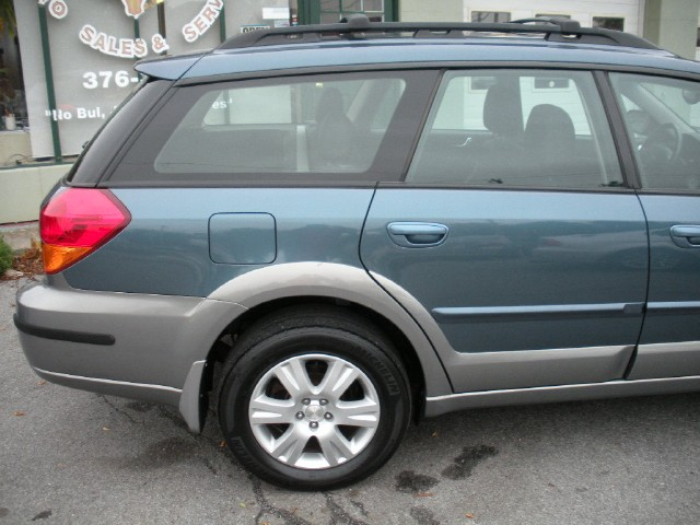Used 2005 Subaru Outback 2.5i Limited LEATHER,PANORAMIC SUNROOF,HEATED SEATS | Albany, NY