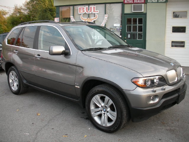 Used 2004 BMW X5 4.4i LOADED,NAVIGATION,XENONS,PREMIUM+COLD WEATHER+REAR CLIMATE PACKAGES | Albany, NY