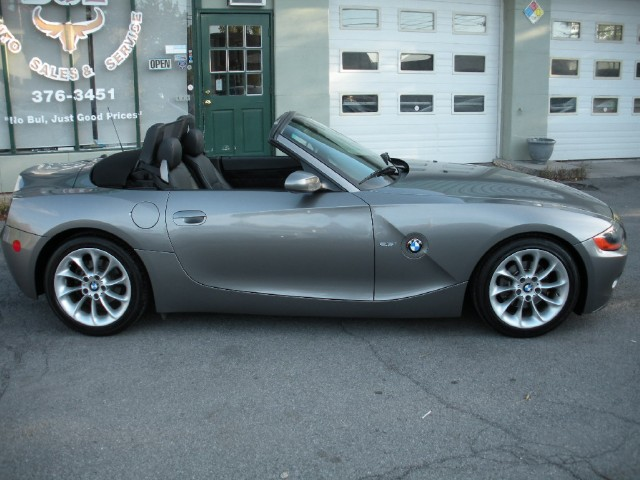 Used 2003 BMW Z4 2.5i RARE 5 SPEED MANUAL,PREMIUM+SPORT PKGS,HEATED SEATS,SUPERB CONDITION | Albany, NY