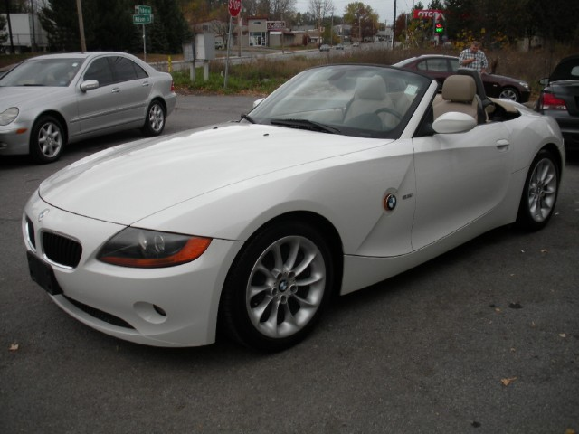 2004 bmw z4 5 speed manual sport premium packages stock 12283 for sale near albany ny. Black Bedroom Furniture Sets. Home Design Ideas