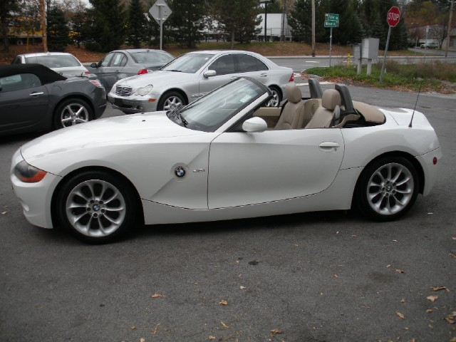 2004 bmw z4 5 speed manual sport premium packages. Black Bedroom Furniture Sets. Home Design Ideas