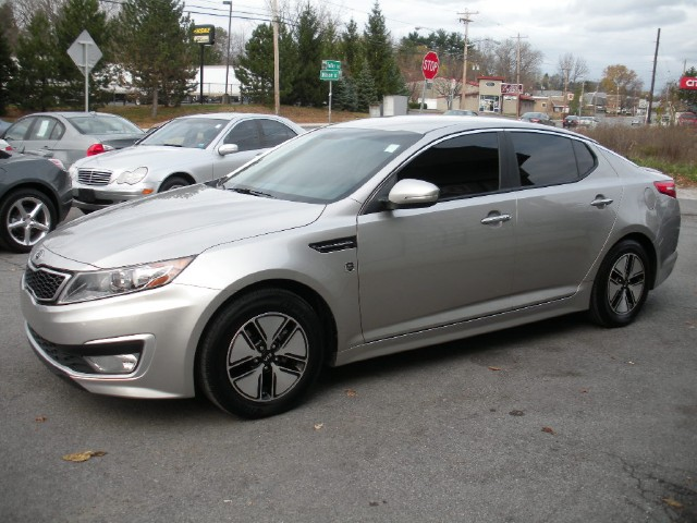 2011 kia optima hybrid epa mpg rating 34 39mpg like new just traded in for an suv with us stock. Black Bedroom Furniture Sets. Home Design Ideas