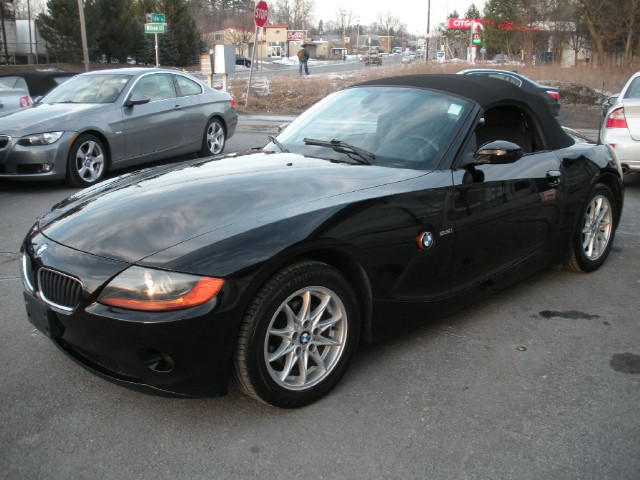 Used 2004 BMW Z4 2.5i | Albany, NY