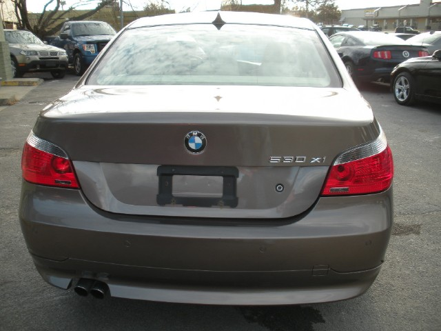 Used 2007 BMW 5 Series 530xi AWD,ONE OWNER,LOADED WITH OPTIONS,SUPER LOW MILES | Albany, NY