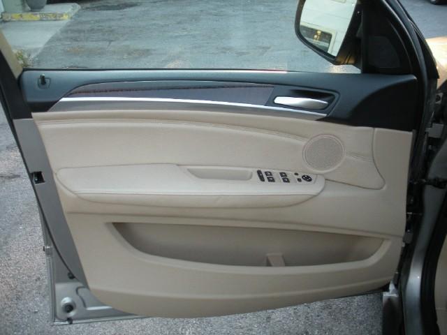 Used 2008 BMW X5 3.0si   Albany, NY