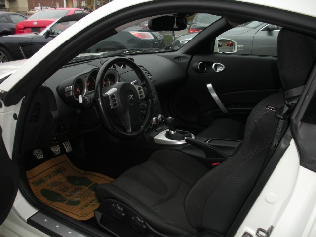 Used 2007 Nissan 350Z Enthusiast RARE TRUE 1 OWNER,ADULT OWNED,NO MODIFICATIONS,RARE 6 SPEED MANU   Albany, NY